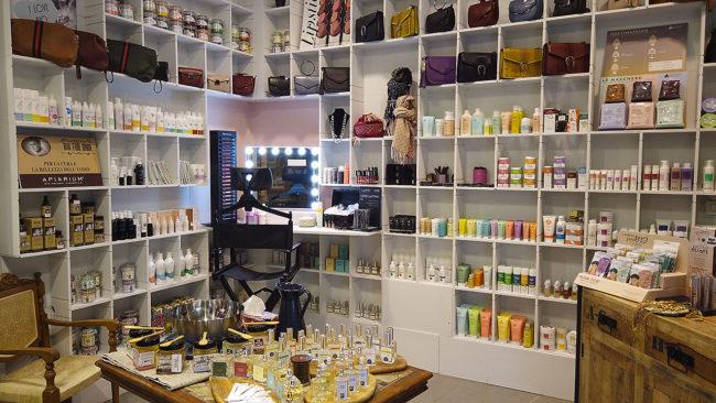 zozo-profumeria-artistica-san-giovanni-bologna-profumi-cosmetici-bio-prodotti-naturali-negozio-000