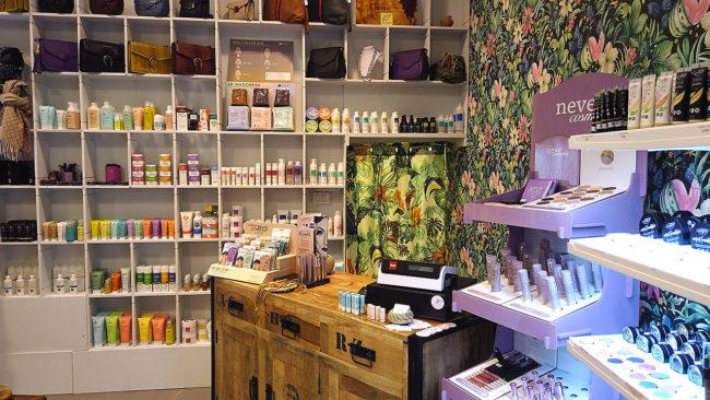 zozo-profumeria-artistica-san-giovanni-bologna-profumi-cosmetici-bio-prodotti-naturali-negozio-