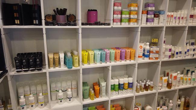 zozo-profumeria-artistica-san-giovanni-bologna-profumi-cosmetici-bio-prodotti-naturali-negozio-007