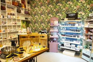 zozo-profumeria-artistica-san-giovanni-bologna-profumi-cosmetici-bio-prodotti-naturali-negozio